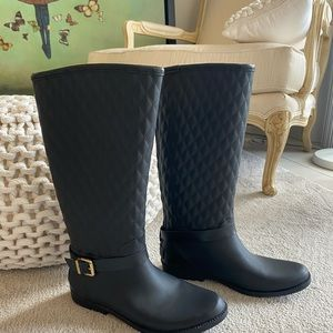 Guess Quilted Rain Boots Black Gold Accents size 9